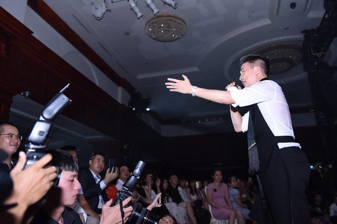 Xuân Bắc, Tự Long tung hứng trong lễ tri ân khách hàng của Thiên Hà Spa - ảnh 3