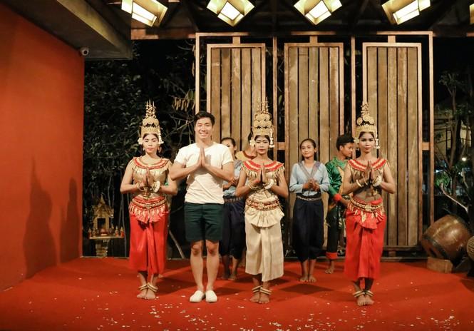 Nguyên Khang chia sẻ kinh nghiệm du lịch Campuchia với 250 đô - ảnh 12