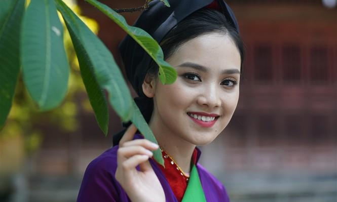'Người đẹp khả ái' Tố Như duyên dáng với áo tứ thân quan họ  - ảnh 11