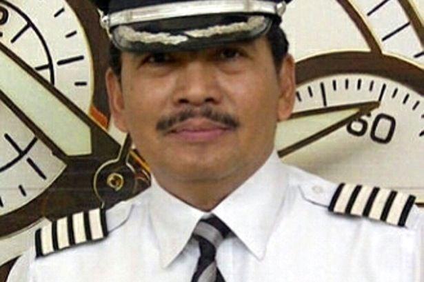 Toàn cảnh một tuần thảm kịch máy bay QZ8501 rơi - ảnh 4