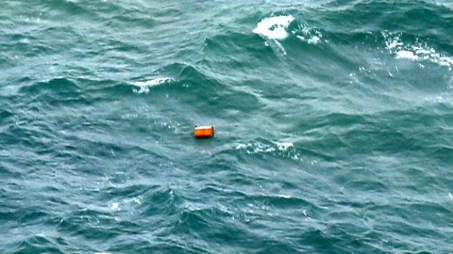 Toàn cảnh một tuần thảm kịch máy bay QZ8501 rơi - ảnh 7