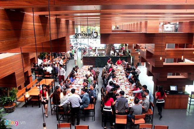 Nhà hàng có thiết kế giống cây cổ thụ ở Hà Nội - ảnh 11