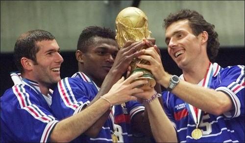 Lục địa đen: Mỏ vàng lộ thiên cho bóng đá châu Âu - ảnh 1