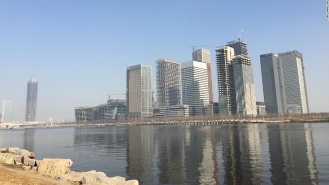 'Thành phố ma' hiện đại giữa lòng Trung Quốc - ảnh 8