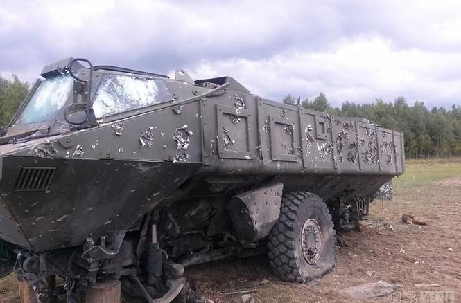 Bằng chứng xe thiết giáp Typhoon-K Nga chống đạn siêu việt - ảnh 3