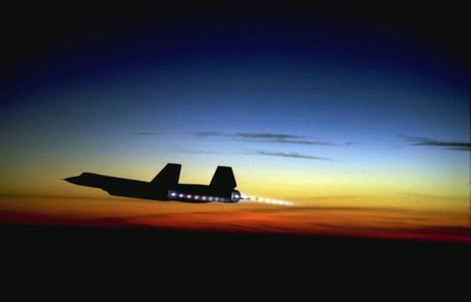 'Chim đen' SR-71, máy bay nhanh nhất mọi thời đại của Mỹ - ảnh 10