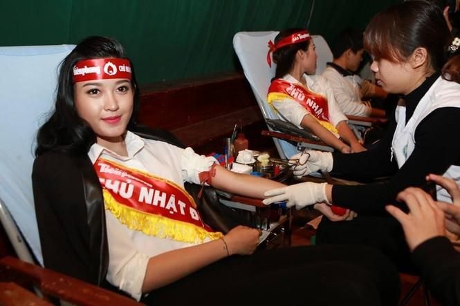 [ẢNH] Các Hoa hậu, Á hậu tham gia ngày hội hiến máu - ảnh 21