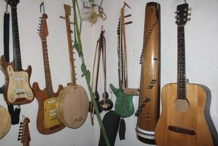 Bộ nhạc cụ bằng gỗ dừa lập kỷ lục Việt Nam - ảnh 3