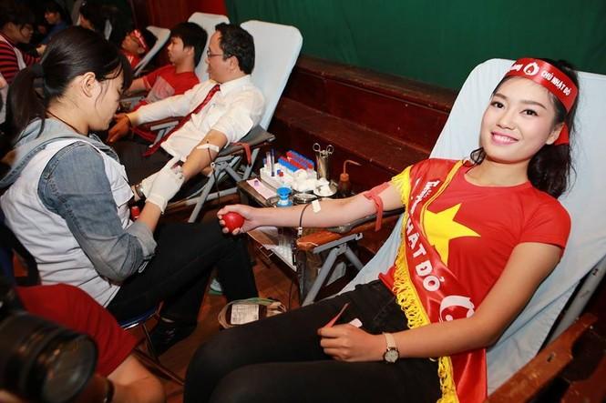 [ẢNH] Các Hoa hậu, Á hậu tham gia ngày hội hiến máu - ảnh 19
