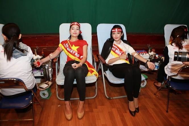[ẢNH] Các Hoa hậu, Á hậu tham gia ngày hội hiến máu - ảnh 20