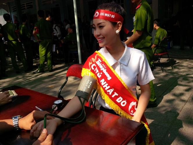 [ẢNH] Các Hoa hậu, Á hậu tham gia ngày hội hiến máu - ảnh 13