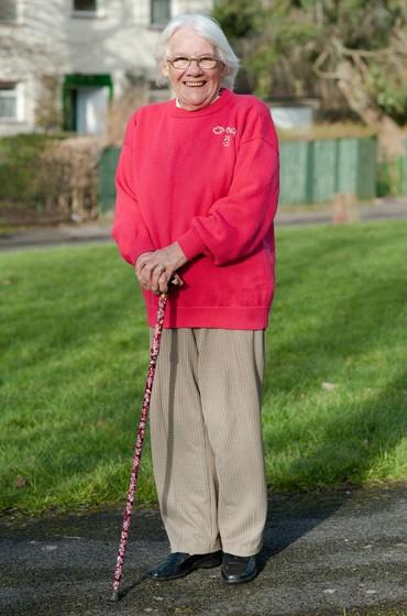 Cụ bà có 150 con cháu sau khi bị chẩn đoán vô sinh - ảnh 1