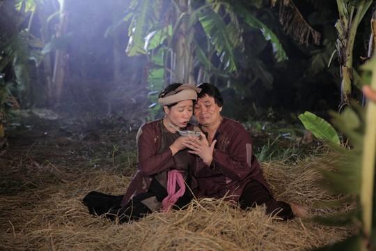 """Xuân Hinh sốt 3 ngày vì diễn """"cảnh nóng"""" với Thanh Thanh Hiền - ảnh 2"""