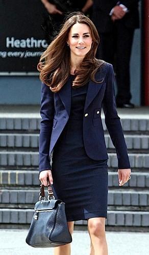Bí quyết chăm sắc đẹp hoàn hảo của công nương Kate Middleton - ảnh 5