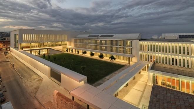 Những trường học đẹp nhất thế giới - ảnh 3