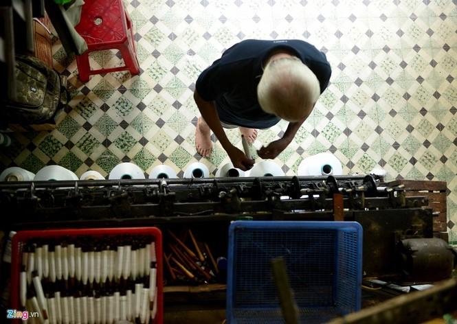 Làng dệt cổ nhất Sài Gòn thấp thỏm tan rã - ảnh 10