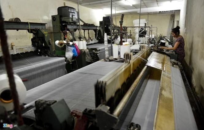 Làng dệt cổ nhất Sài Gòn thấp thỏm tan rã - ảnh 14