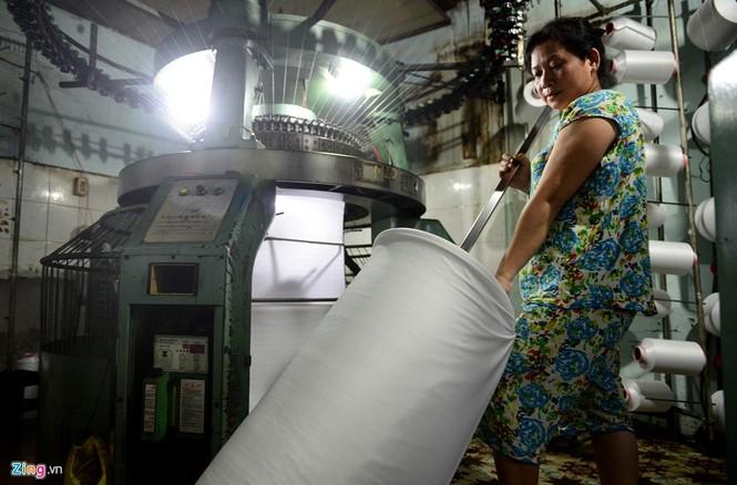 Làng dệt cổ nhất Sài Gòn thấp thỏm tan rã - ảnh 18