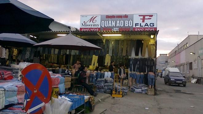 Mafia gốc Việt thống trị 'thủ phủ ma túy' Trung Âu - ảnh 1