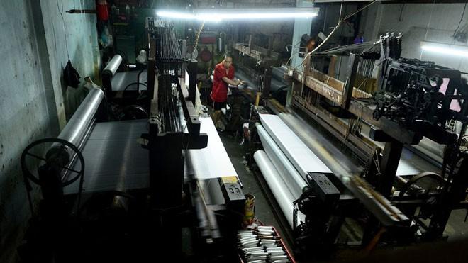 Làng dệt cổ nhất Sài Gòn thấp thỏm tan rã - ảnh 2