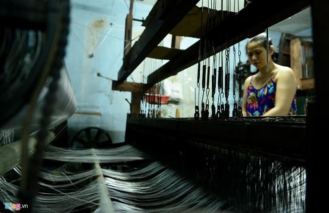 Làng dệt cổ nhất Sài Gòn thấp thỏm tan rã - ảnh 5