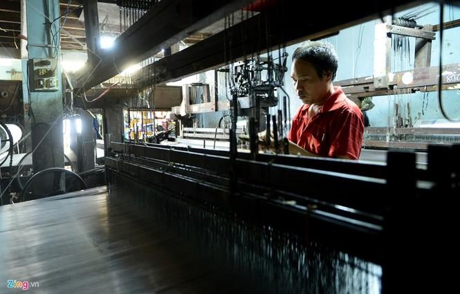 Làng dệt cổ nhất Sài Gòn thấp thỏm tan rã - ảnh 8