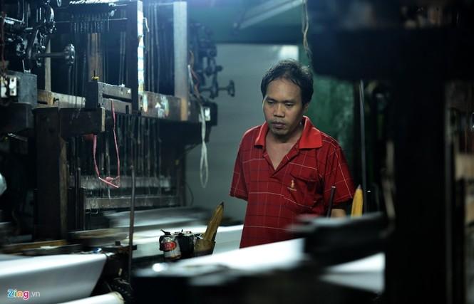 Làng dệt cổ nhất Sài Gòn thấp thỏm tan rã - ảnh 9