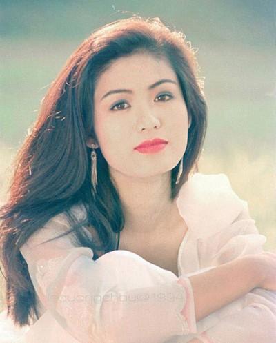 Nhan sắc Hoa hậu Thu Thủy sau 22 năm đăng quang - ảnh 2