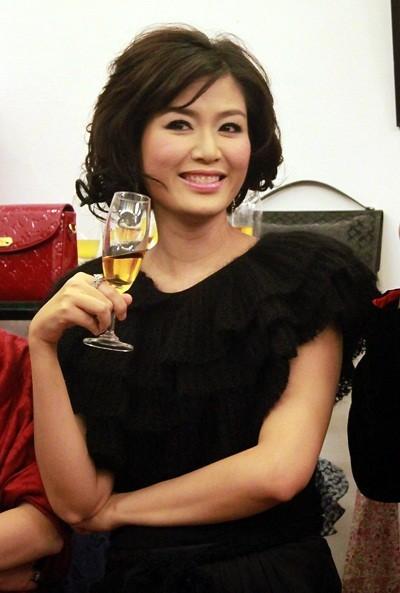 Nhan sắc Hoa hậu Thu Thủy sau 22 năm đăng quang - ảnh 4
