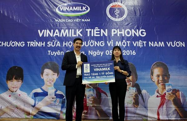 Vinamilk tiên phong trong sữa học đường, vì một Việt Nam vươn cao - ảnh 3
