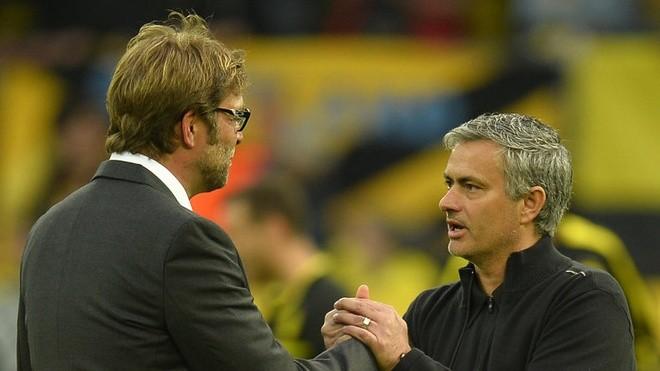 HLV Mourinho thất thế khi đối đầu Klopp - ảnh 1