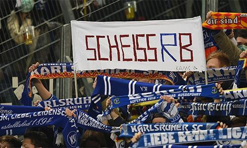 Vì sao đội bóng 7 năm thăng năm hạng bị tẩy chay ở Bundesliga - ảnh 2