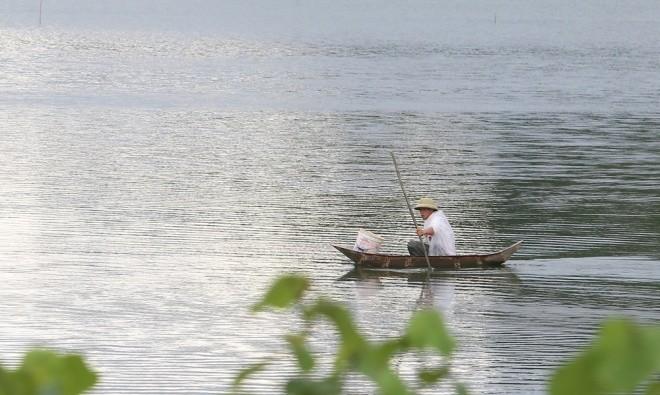 Bão tan, người dân Hạ Long trở lại sinh hoạt bình thường - ảnh 4