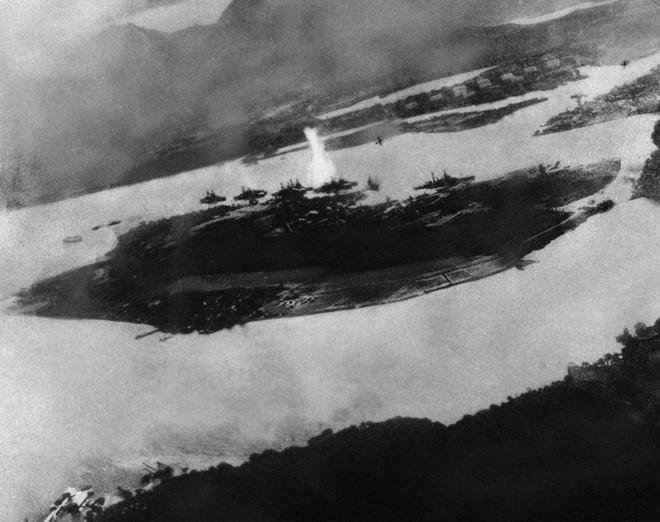 Trận đánh bất ngờ vào Trân Châu Cảng 75 năm trước - ảnh 2