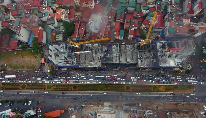 Hà Nội: Kẹt cứng giao thông trên tuyến buýt nhanh BRT - ảnh 3