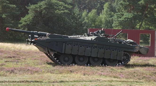 Mục kích xe tăng không tháp pháo kỳ lạ của Thụy Điển - ảnh 7