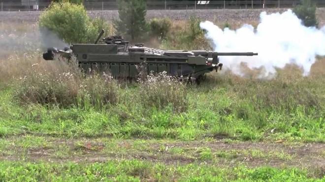 Mục kích xe tăng không tháp pháo kỳ lạ của Thụy Điển - ảnh 8