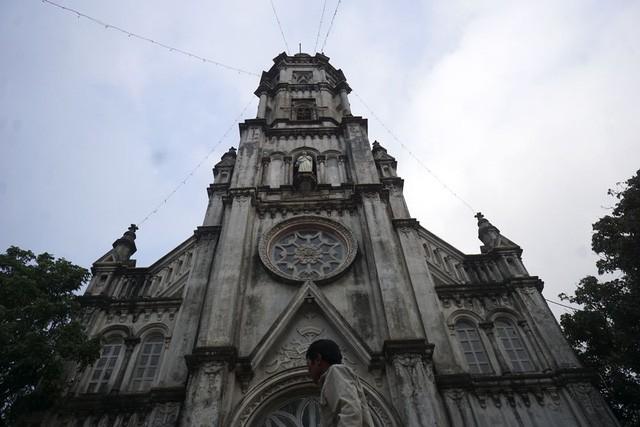 Giáng sinh về bên những nhà thờ tuyệt đẹp ngoại ô Hà Nội - ảnh 2