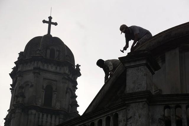 Giáng sinh về bên những nhà thờ tuyệt đẹp ngoại ô Hà Nội - ảnh 4