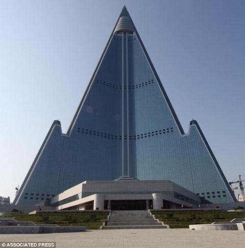 Bí ẩn khách sạn chưa từng đón khách ở Triều Tiên - ảnh 2