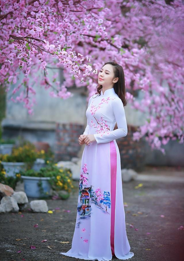 """""""Loa phường"""" Quỳnh Kool đáng yêu trong tà áo dài đón Xuân - ảnh 2"""