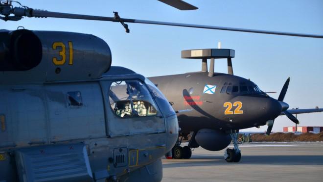 Cận cảnh bộ đôi máy bay 'sát thủ tàu ngầm' mới của Nga - ảnh 1
