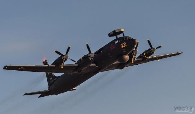 Cận cảnh bộ đôi máy bay 'sát thủ tàu ngầm' mới của Nga - ảnh 6