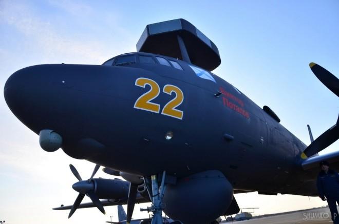Cận cảnh bộ đôi máy bay 'sát thủ tàu ngầm' mới của Nga - ảnh 8