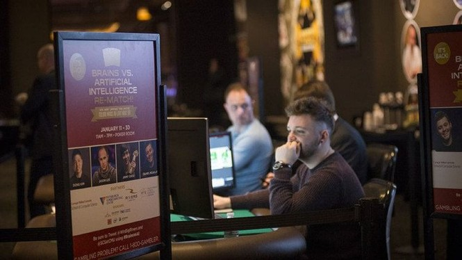 Trí tuệ nhân tạo đánh bại cao thủ trò poker, thắng 1,7 triệu USD - ảnh 1