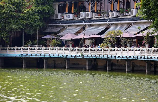 Diện mạo Hồ Hoàn Kiếm trước khi có thông tin nạo vét  - ảnh 9