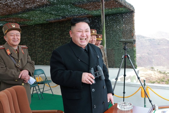 Ông Kim Jong-un ca ngợi sức mạnh của xe tăng Triều Tiên - ảnh 4