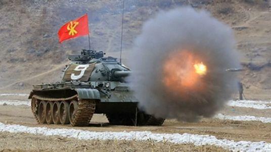 Ông Kim Jong-un ca ngợi sức mạnh của xe tăng Triều Tiên - ảnh 8