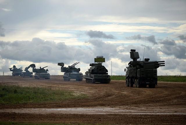 """Những """"vệ binh bầu trời"""" dũng mãnh của Không quân Nga - ảnh 12"""