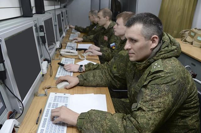"""Những """"vệ binh bầu trời"""" dũng mãnh của Không quân Nga - ảnh 5"""